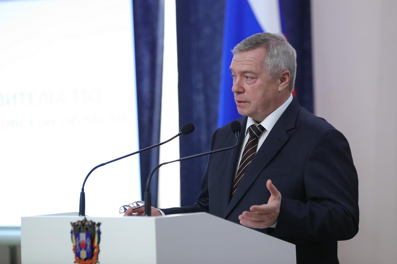 В День российской печати губернатор наградил лучших представителей донских СМИ