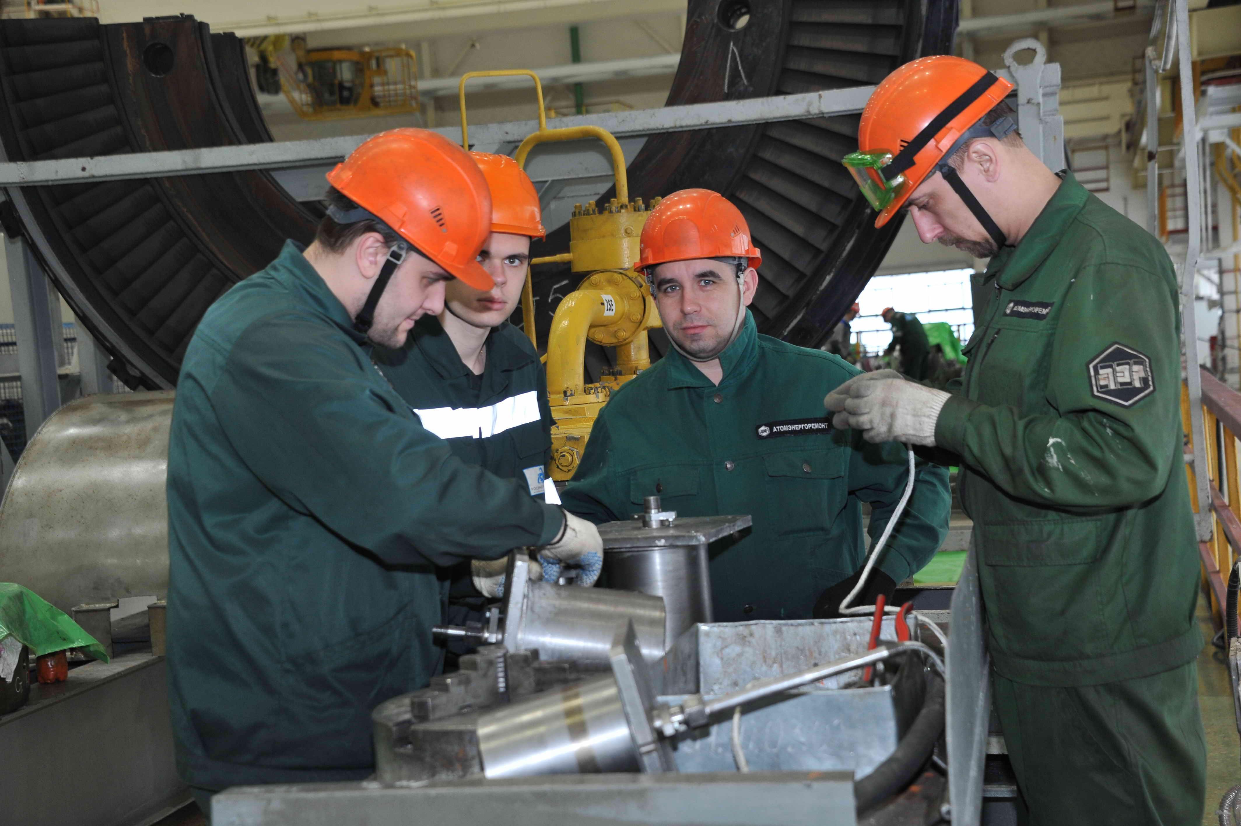На энергоблоке №2 Ростовской АЭС стартовала сборка реактора