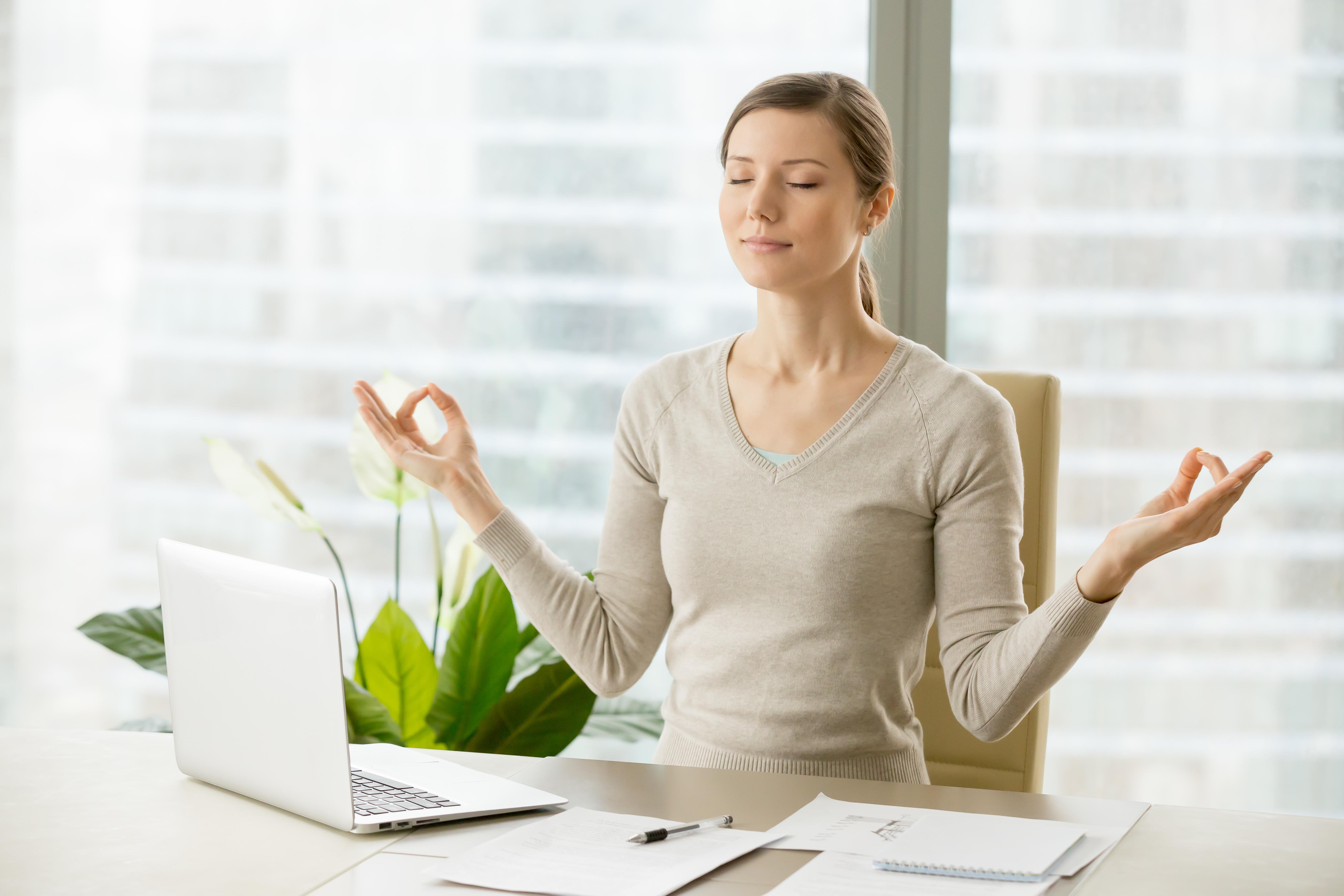 Как самостоятельно справиться со стрессом и негативными эмоциями