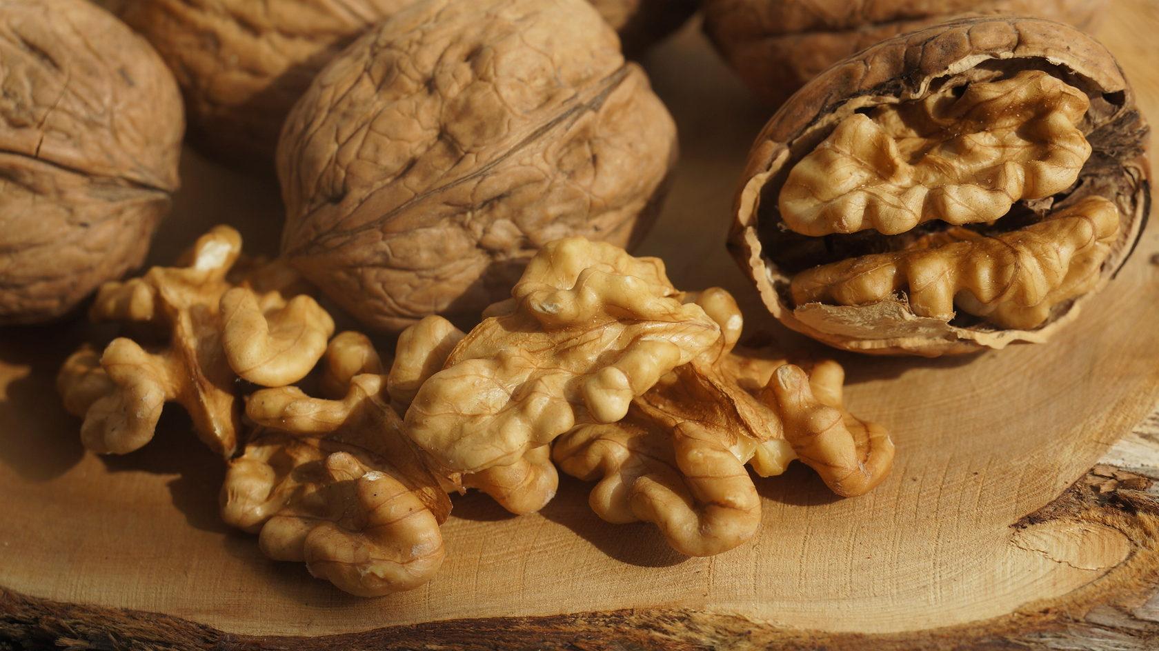 И орешки на десерт