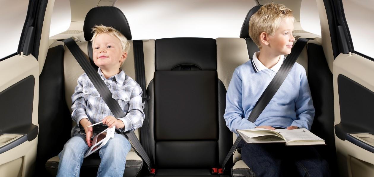 Безопасность детей-пассажиров