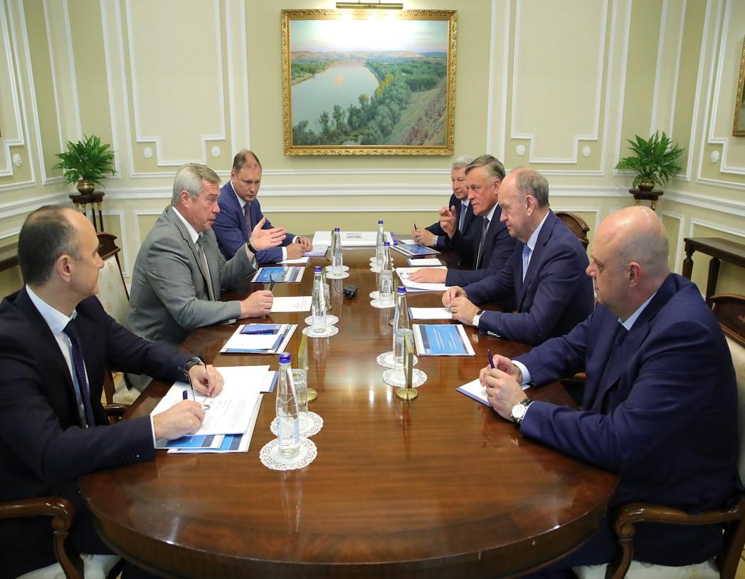 Василий Голубев обсудил с руководством «Газпрома» параметры пятилетней программы газификации Ростовской области