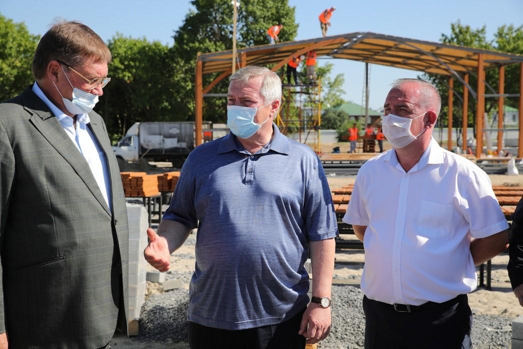 Комплексное благоустройство в Старочеркасской завершится к 1 сентября