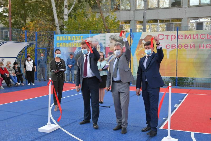 Ростовская АЭС: в Волгодонске построен современный баскетбольный мини-стадион