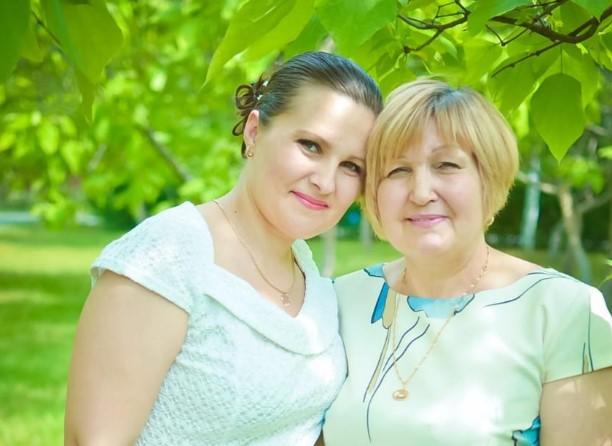 Свиридова Елена отправила фото своей мамы на конкурс «Мамина улыбка»