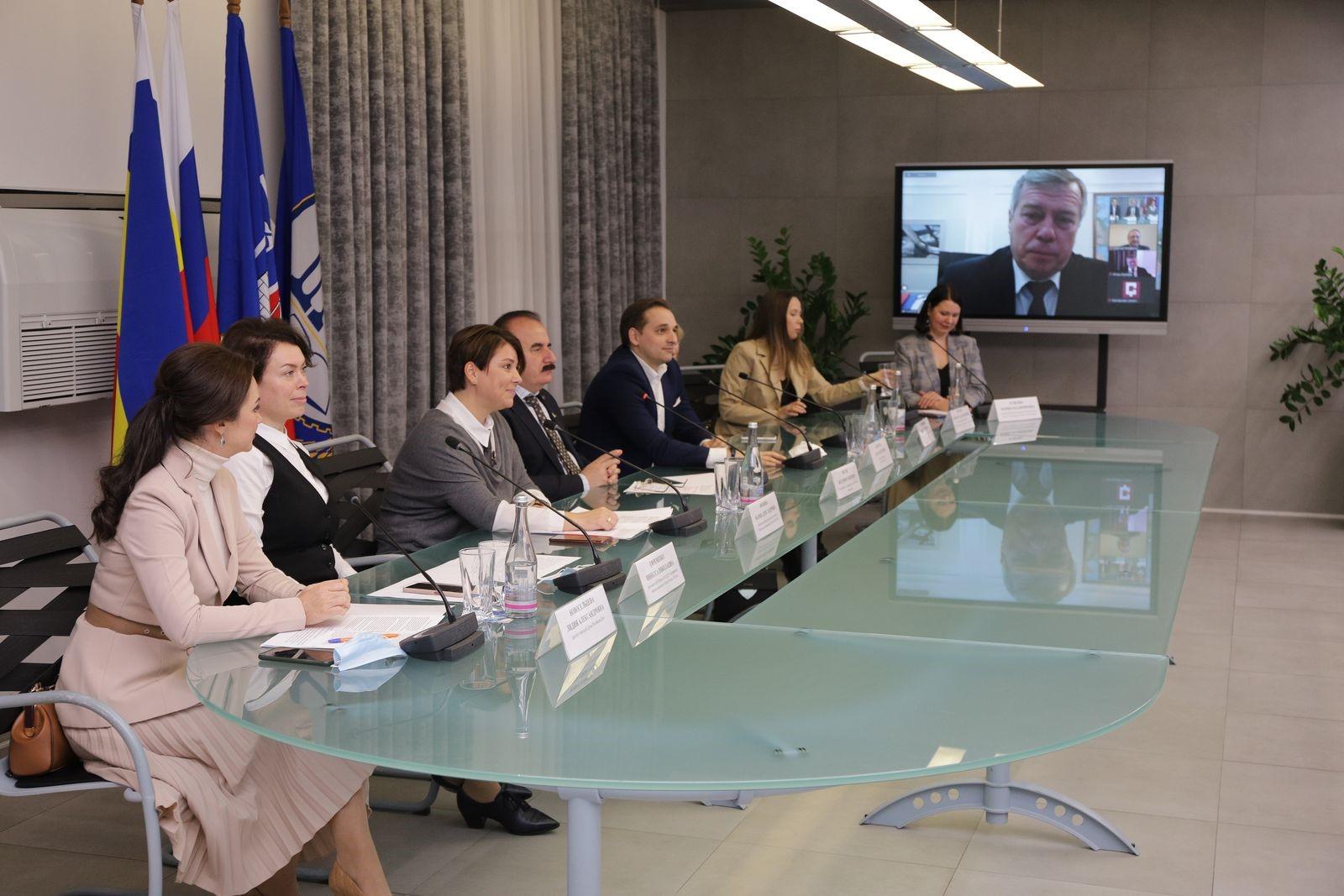 Василий Голубев поддержит донских женщин в реализации их бизнес-инициатив