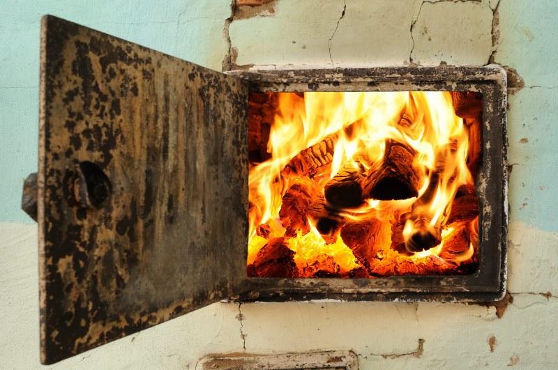 Об опасности «печных» пожарах рассказали спасатели из Волгодонского района