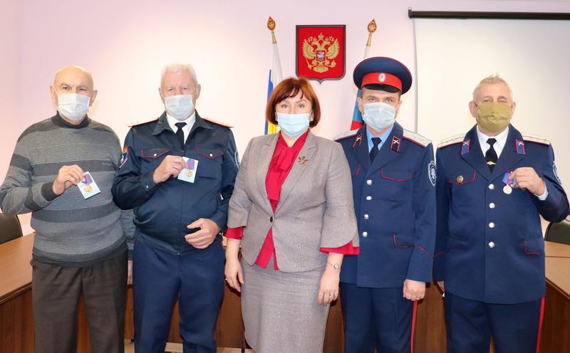 Казаки Волгодонского района награждены юбилейными медалями