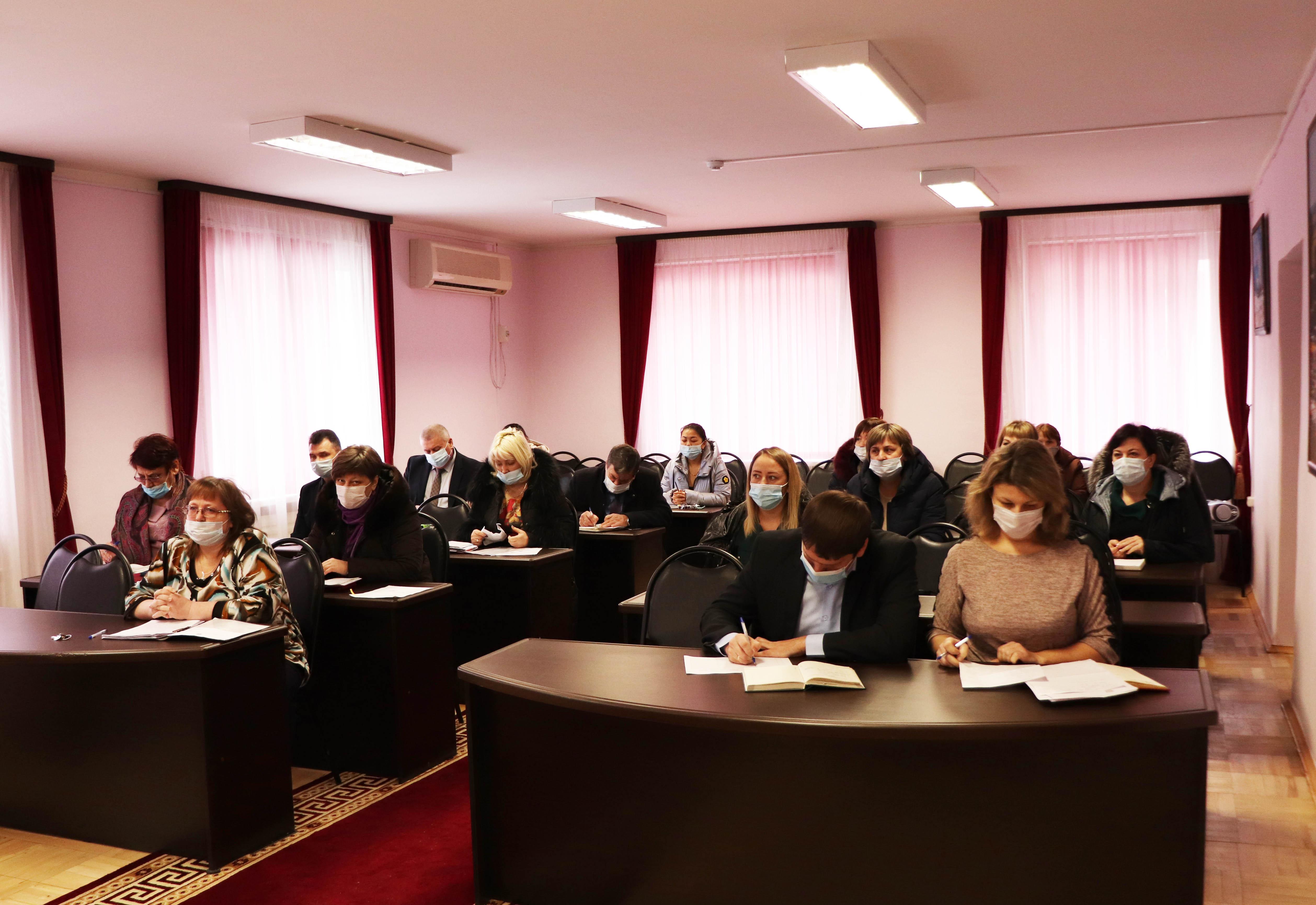 В Волгодонском районе состоялось совещание по противодействию коррупции