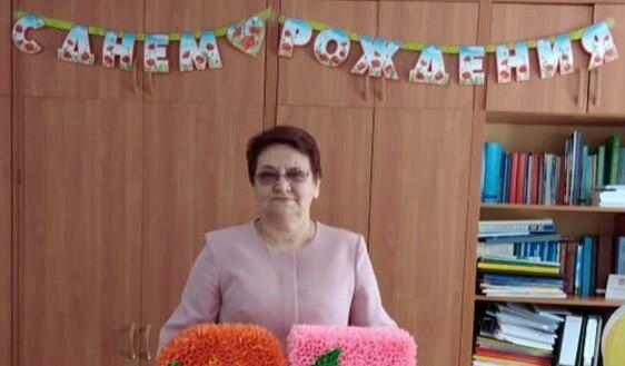Коллектив Пирожковского СДК поздравляет Дорофееву Татьяну Никифоровну с Днём рождения