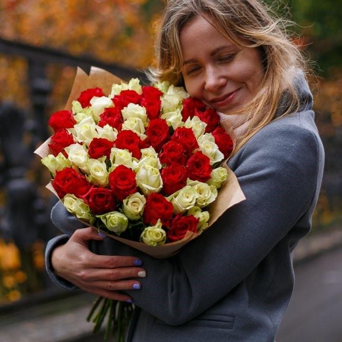 Голосование за участников конкурса «Дарите женщинам цветы!»