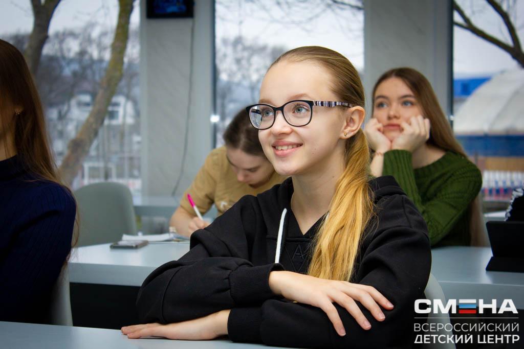 Увлекательное путешествие в мир кино совершила школьница из Романовской