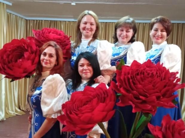 Коллектив «Незабудки» присоединяется к участию в конкурсе «Дарите женщинам цветы!»