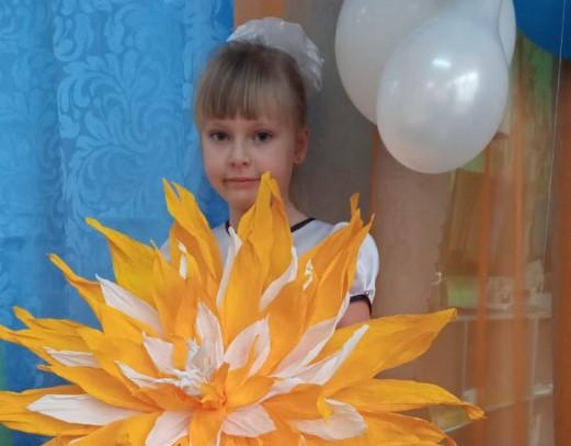 Представляем Александру Кардач — участницу конкурса «Дарите женщинам цветы!»