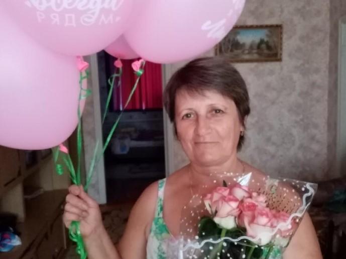 Представляем Матвееву Людмилу Александровну — участницу конкурса «Дарите женщинам цветы!»