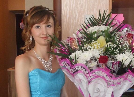 Знакомьтесь Елена Буланова — участница конкурса «Дарите женщинам цветы!»