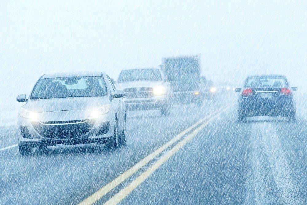 Волгодонских водителей призывают к осторожности из-за ухудшение погодных условий
