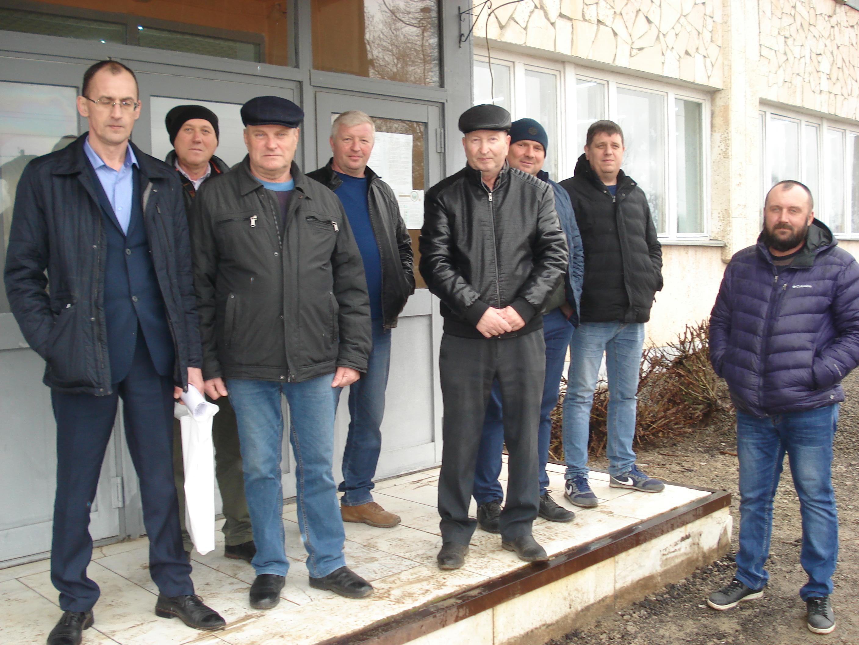 Большой совет перед весенней посевной собрался в Рябичёвском ДК