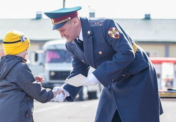В Волгодонске осуществляется набор на службу по контракту
