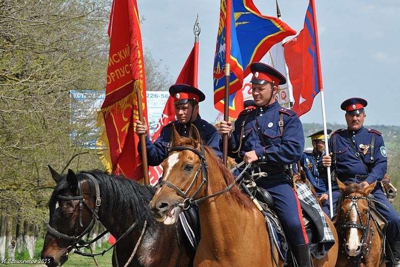 Донские казаки готовятся к конному переходу в честь 76-летия Победы в Великой Отечественной войне