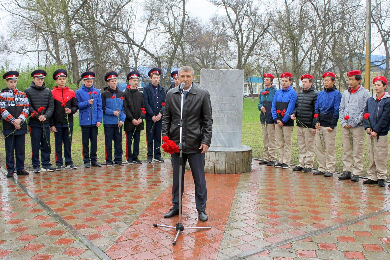 Митинг памяти, посвященный 35-й годовщине Чернобыльской трагедии, прошел в Волгодонском районе