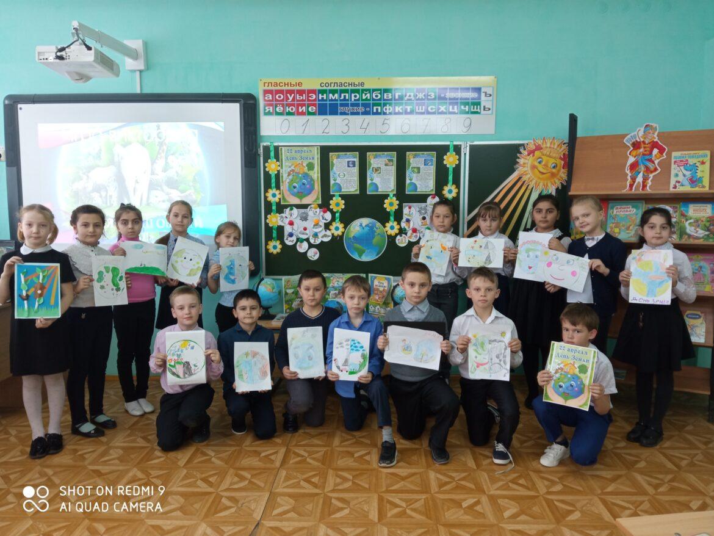 Экологический субботник, акции и фотоконкурс в Побединской школе
