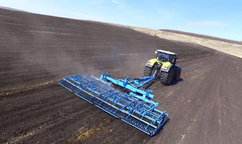 Весенние полевые работы в Волгодонском районе продолжаются