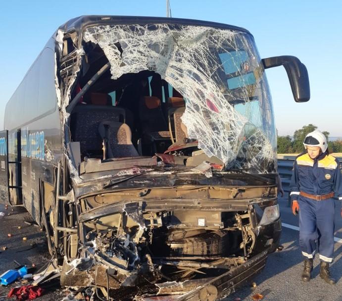 Спасатели выезжали на ликвидацию последствий ДТП с участием автобуса с пассажирами