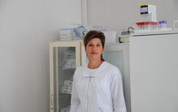 Медсестра терапевтического отделения ЦРБ Волгодонского района Светлана Васильевна Комарова