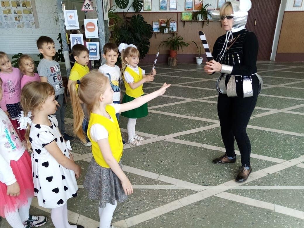 Профилактика детского травматизма на дороге проводится в Рябичёвском СДК