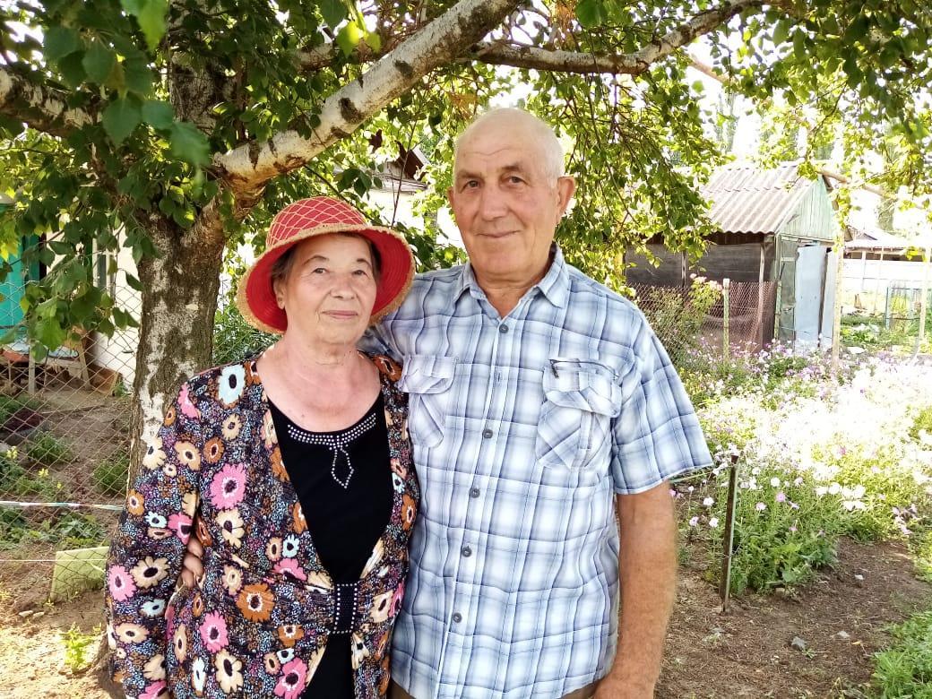 Семья Абрамовых из поселка Мичуринский делится секретом счастливого супружества