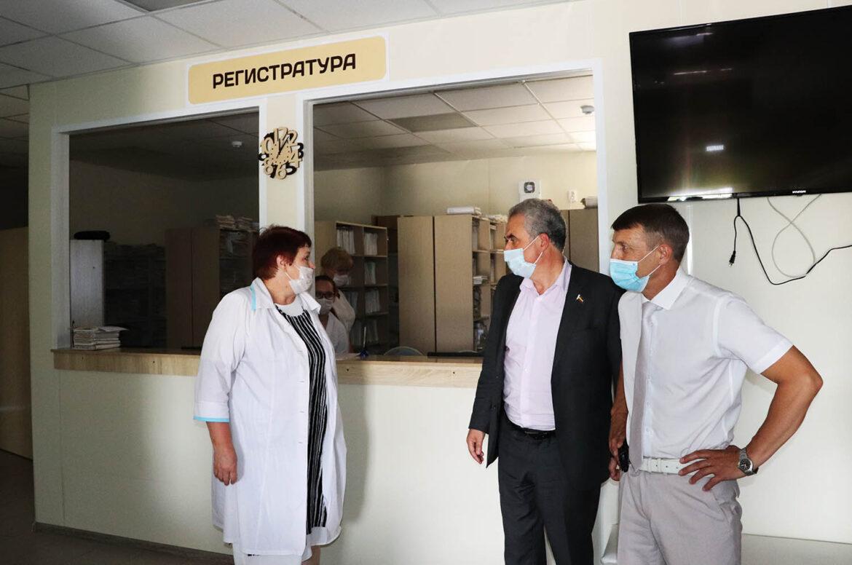 Депутат Законодательного Собрания Ростовской области Виктор Халын посетил Волгодонской район с рабочим визитом