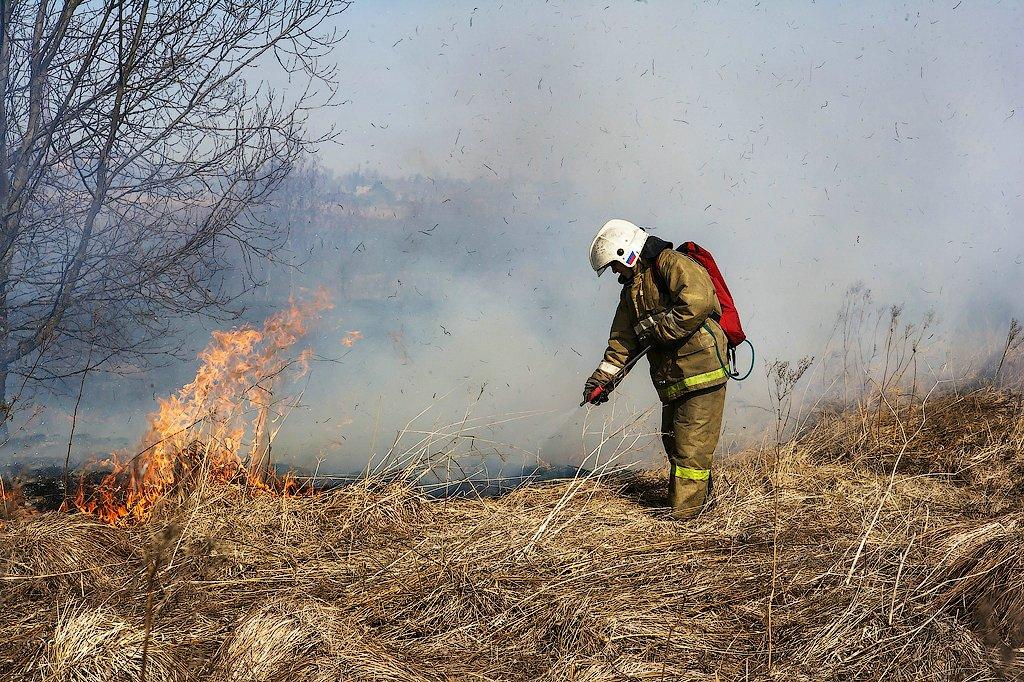 Жителям Волгодонского района напомнили меры пожарной безопасности в летний пожароопасный период