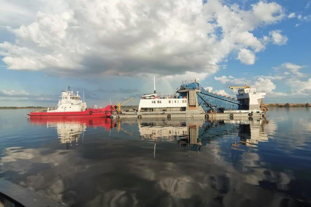 На проблемных участках Нижнего Дона и акваторий морских портов ведутся дноуглубительные работы