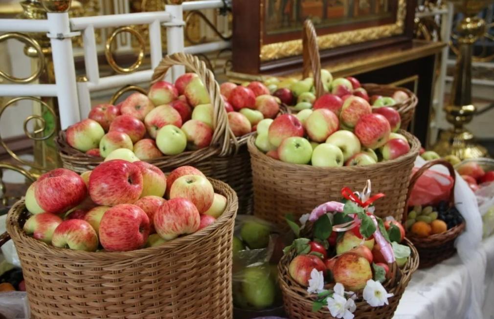 19 августа Яблочный Спас — Преображение Господне