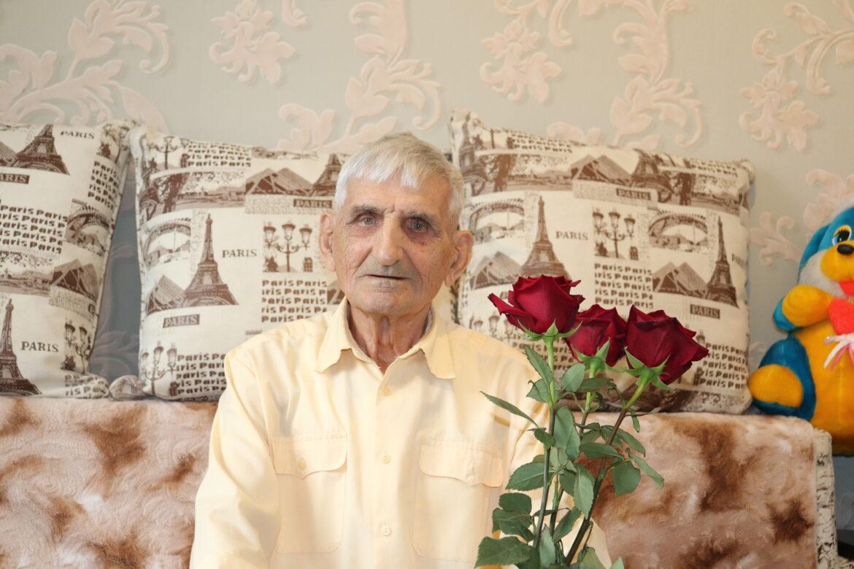 Секрет его долголетия жителя Романовской Михаила Филимоновича Скакунова — активный образ жизни