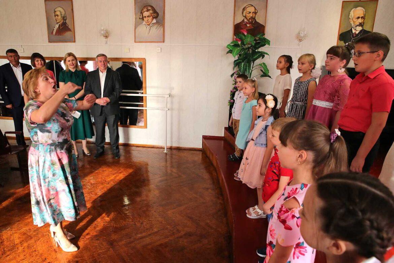 На Дону выберут лучших преподавателей детских школ искусств