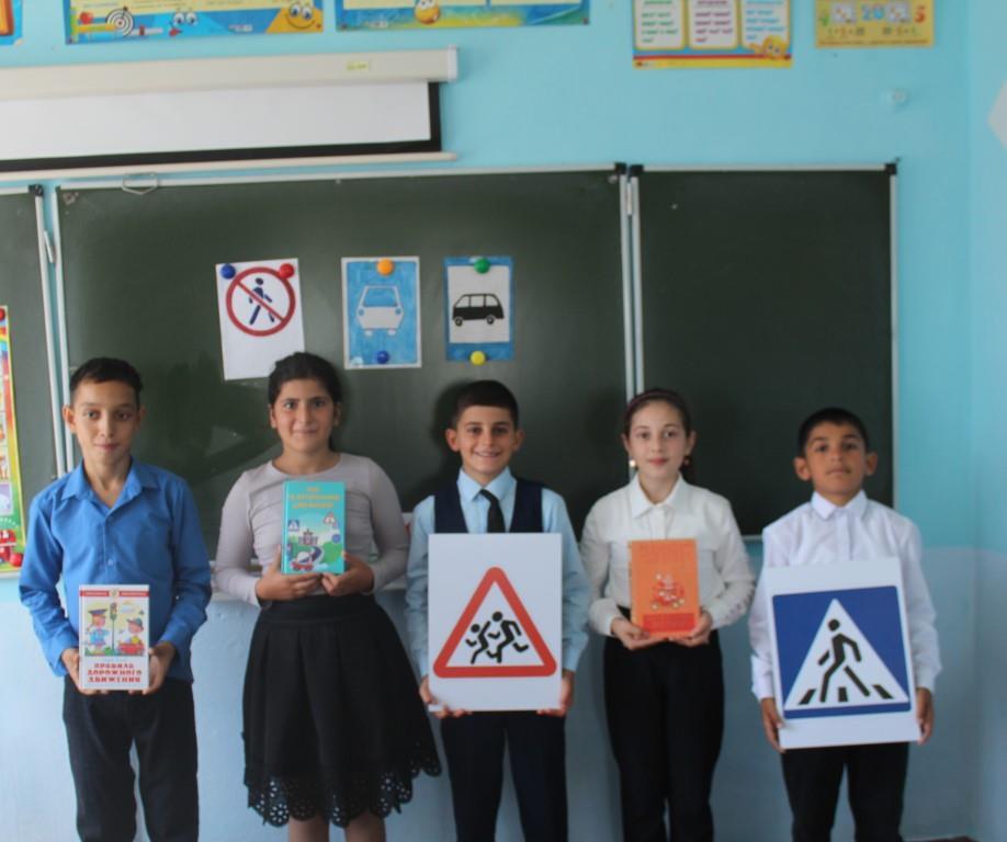 Третьеклассники Донской школы поборолись за звание «Образцового пешехода»