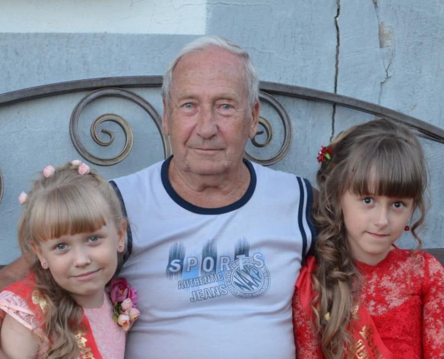 80-летний юбилей сегодня отмечает житель посёлка Солнечный Владимир Иванович Таняшин