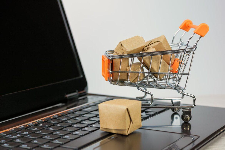 Роспотребнадзор выпустил памятку о правилах совершения интернет-покупок