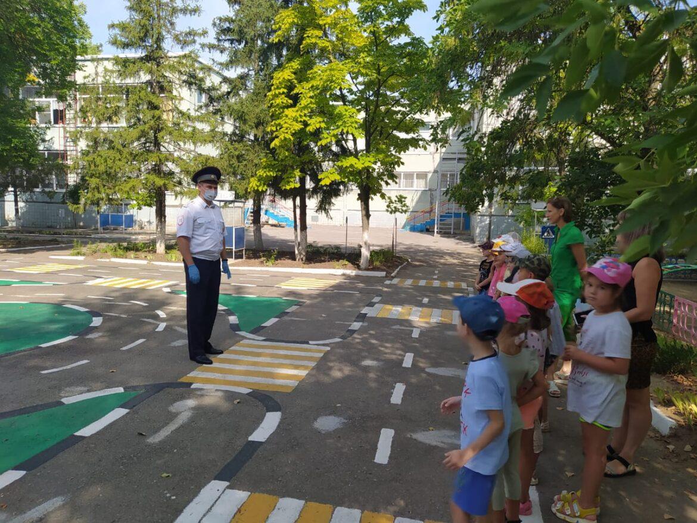 Детский сад «Вишенка» присоединился к широкомасштабной предупредительно-профилактической акции «Внимание, дети!»