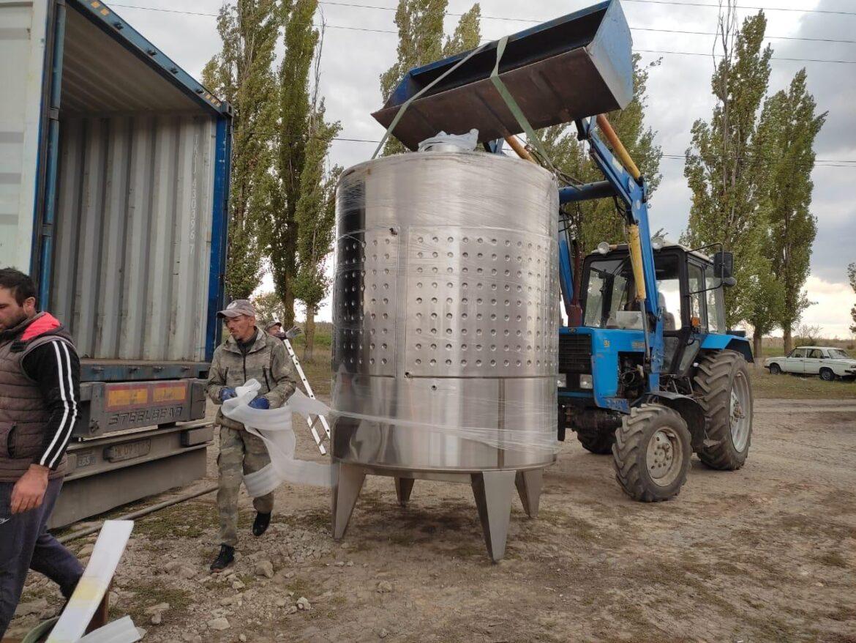 На «Винодельне Молчанова» закупили современное оборудование для брожения вина
